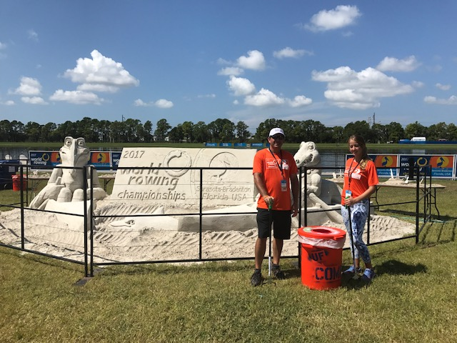 UF/IFAS agent Randall Penn and UF student volunteer Sophia Sanchez